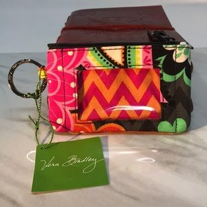 New-Vera Bradley Ziggy Zinnia ZIP ID Case Colorful